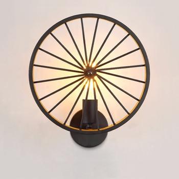 Creatieve Industrieel Fietswiel wandlamp 3
