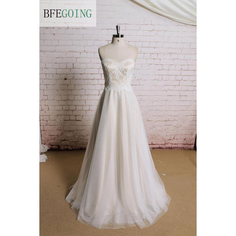 Tulle  A-line  Floor -Length Wedding Dress Sweep Train  Appliques Sweetheart  Strapless  Sleeveless Real/Original Photos