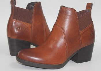 ФОТО New high-end leather with comfortable leisure female short boots fashion all-match have big shoes us10