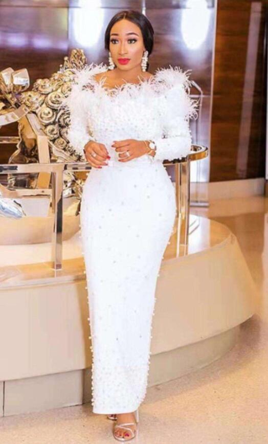Femmes de luxe Sexy hors épaule perles plume blanc longue robe de Bandage 2019 Designer mode robe de soirée Vestido
