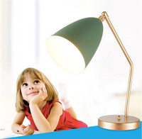 Творческий Гроссман Кузнечик настольная лампа Nordic Медь стол света исследования лампа классический архитектор книги свет отель ночные огни