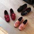 2017 весна новая мода кожаные кисточки девушки школы shoes Удобные мягкое дно дети плоские shoes детская партийные каблуки девушки