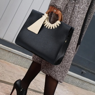 Classic Women Black Handbag Vintage Big large Shoulder Crossbody Bags for Women Fashion Bamboo Ladies shopping Bag bolsos mujer