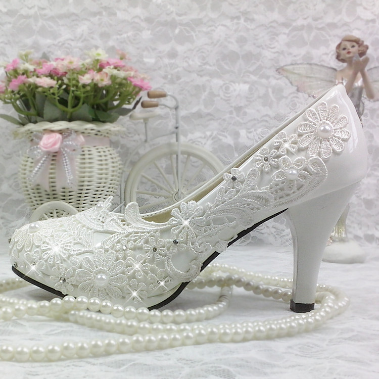 Chaussures femme escarpins dentelle cristal mariage chaussures mariée/demoiselle d'honneur blanc talons hauts imperméable Table fleur perle mode chaussures 41 42