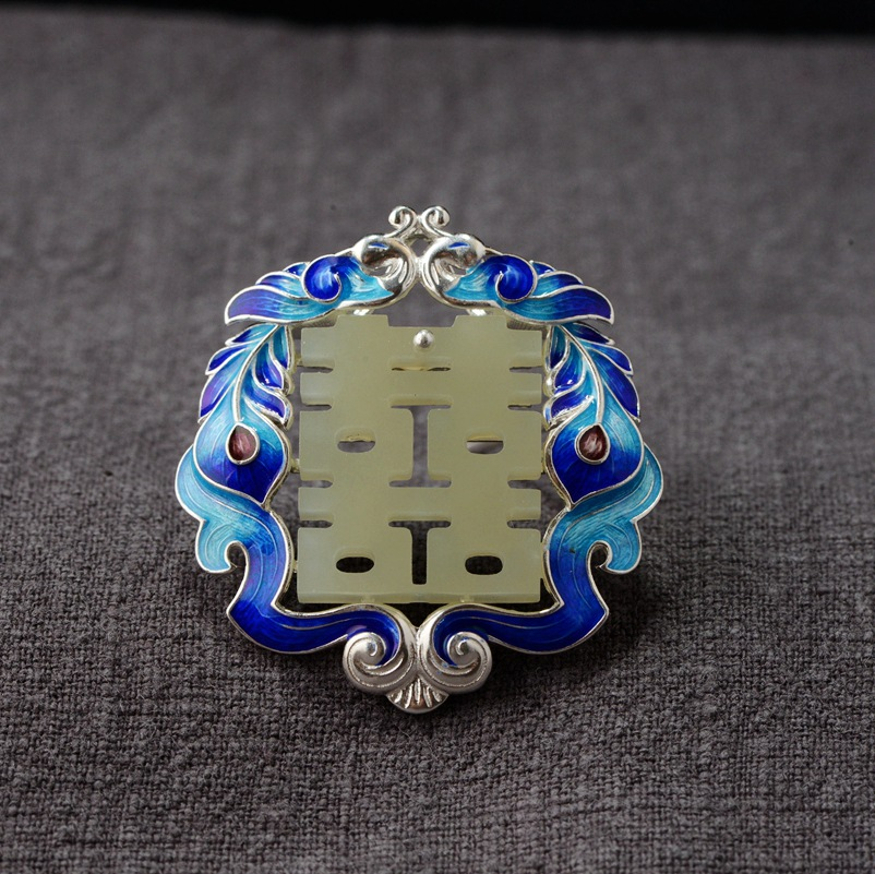 wholesale S925 silver inlaid hetian jade pendant Conventional bluing process Double happiness locket female model s925 silver thai silver peacock star hibiscus stone plating process double happiness pendant