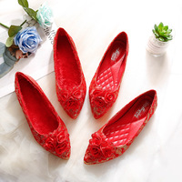 Wedding shoes female red flat wedding shoes 2018 new small code shallow mouth soft bottom pregnant women shoes.