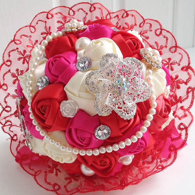 New Arrival Romantic Buque De Noiva De Perola Wedding Hand Bouquet Ramos De Novia Artificial With Crystals BB3