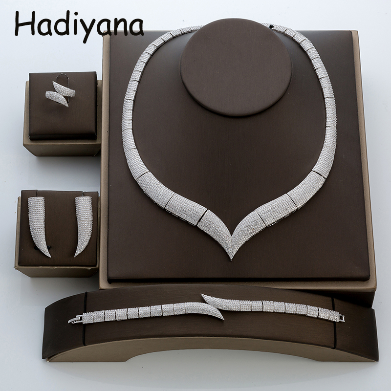 Hadiyana Роскошные рог со стразами Ювелирные наборы с кубического циркония Мода африканские Свадебные украшения комплект заводская цена TZ8029