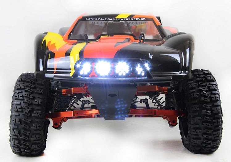 1 5 RC CAR BAJA 5T Led lights powered by receiver