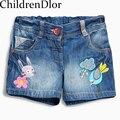 ChildrenDlor Baby Girl Denim Shorts com Bordado Caráter Crianças Shorts Calças De Menina para Meninas Shorts Jeans 2017 Da Marca de Verão