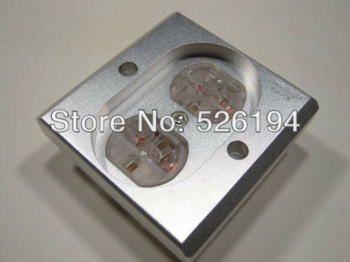 Free shipping one pieces US AC power Receptacles wall outlet audio grade copper made socket Duplex Plate free shipping one pieces black aluminum us ac power distributor 8 outlet power supply box chassis case