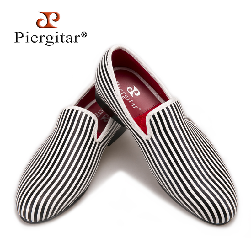 Piergitar new style Black and white Striped printing men loafers wedding and party men s smoking