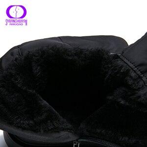 Image 5 - Aimeigao 고품질 따뜻한 모피 눈 겨울 여성 부츠 플러시 깔창 방수 부츠 플랫폼 발 뒤꿈치 레드 블랙 여성 신발