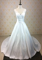 New Arrival Fashion Ball Gown Deep V Neck Satin Wedding Dress Bridal Gowns With Lace And