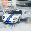 Brand New KINGSMART 1/36 Scale USA 2006 Ford GT Diecast Metal Pull Back Car Model Toy For Gift/Collection/Kids