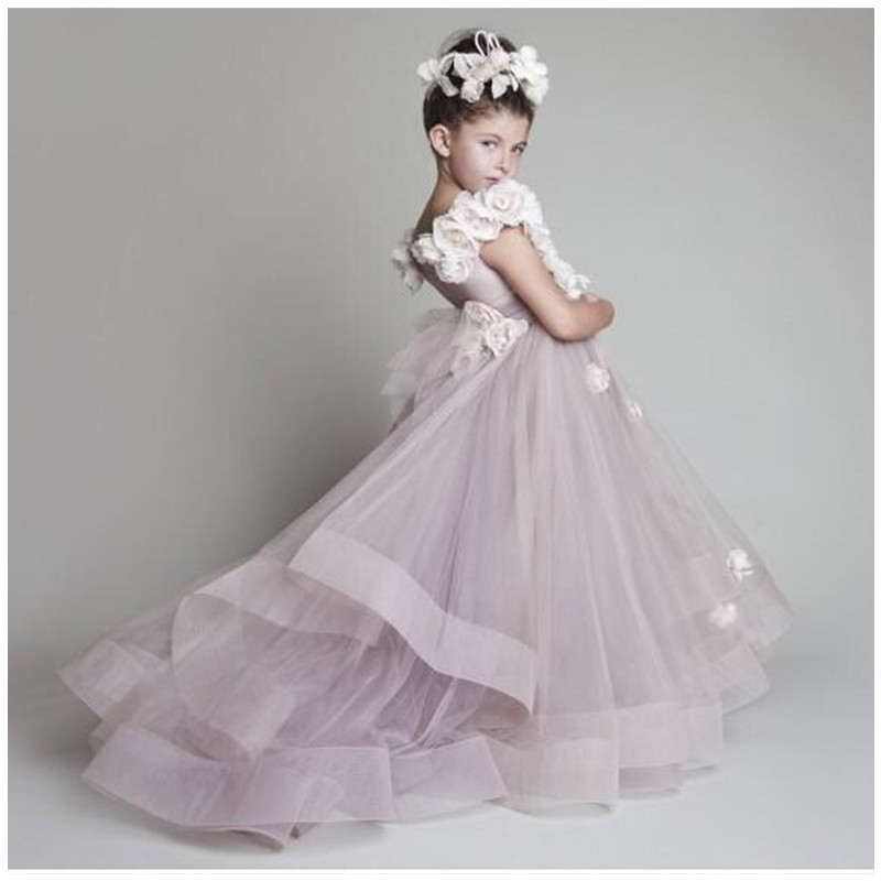 Fascinating Flower Girl Dresses Purple Luxury Bateau Sleeveless Court Train Handmade Flowers Little Girls Pageant Tulle Gowns