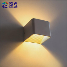 Modern Indoor LED Wall Lamp 7W 10W Simple Black White Wall Lights Aluminum Wall Sconce for Home Hotel Hallway Bedside Lighting