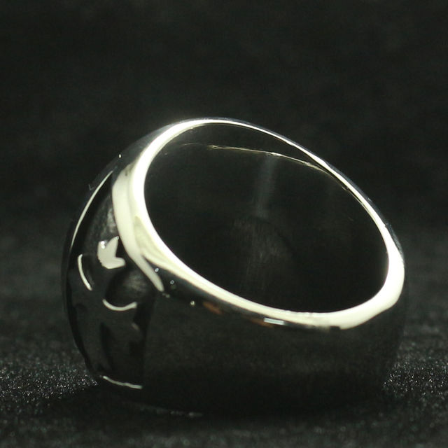 STAINLESS STEEL ST. MICHAEL PROTECT RING (4 VARIAN)