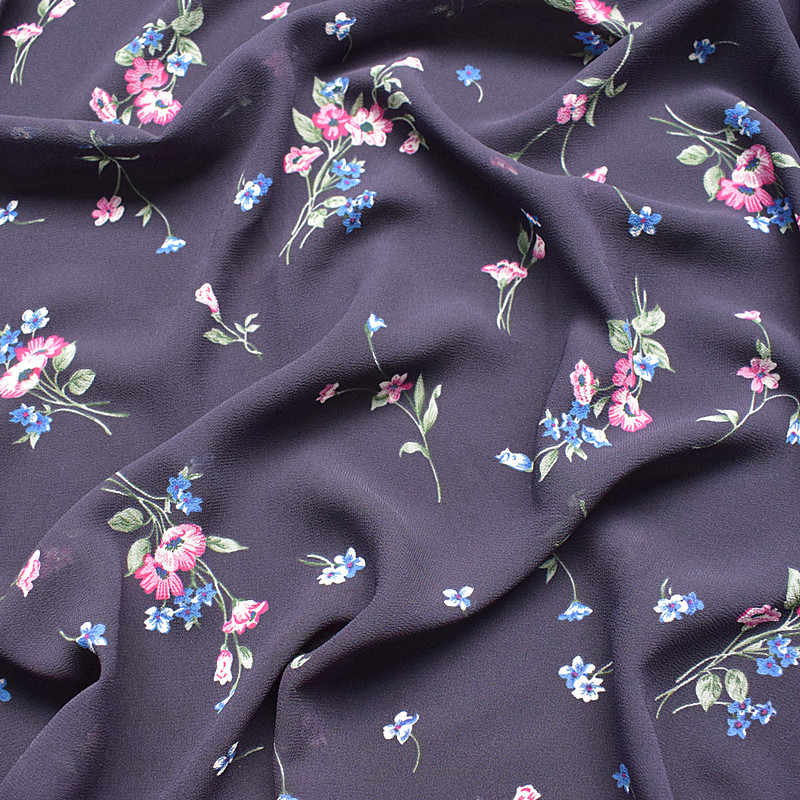 2019 new high-viscosity chiffon fabric spring and summer printing fabric navy blue background small floral soft high-grade