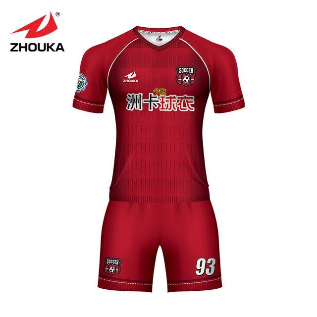 a5aa7bdeca Personalização de Impressão por sublimação 100% poliéster uniforme de  futebol set