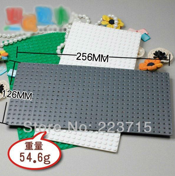 Gratis frakt! 3 st * Plate 16x32 * Storlek: 12.8cmx25.6cm DIY upplys block block, kompatibel med Lego Assembles Particles
