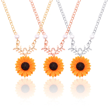 New Creative Pearl Sun Flower Necklaces pendants In Jewelry Fashion Glamour Woman Sunflower Plant Accessories Gift Drop Shipping
