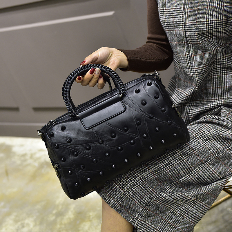 Hot Sale Black Genuine Leather Bag Women Messenger Bags Brand Designer Sheepskin Boston Handbags With Rivets Women Shoulder Bag boston double zipper women leather handbags silver black messenger bags best shoulder bag free shipping