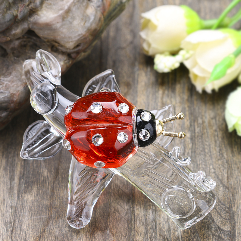 H&D Red Ladybug On Branch Crystal Figurine Collection Cut Glass Ornament Statue Animal Collectible For Table Ornament Kid's Gift