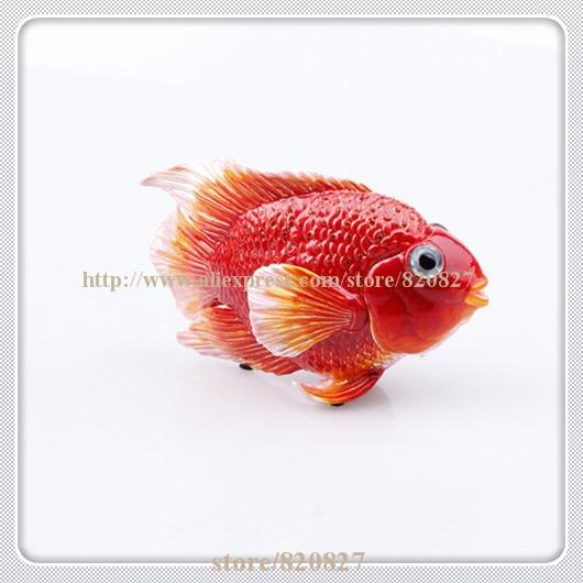 Fengshui Fish Shaped Metal Statue Luxury Crystal Fish Display Case Good Luck Fish Handmade Jeweled Box Enameled Metal Fish Craft