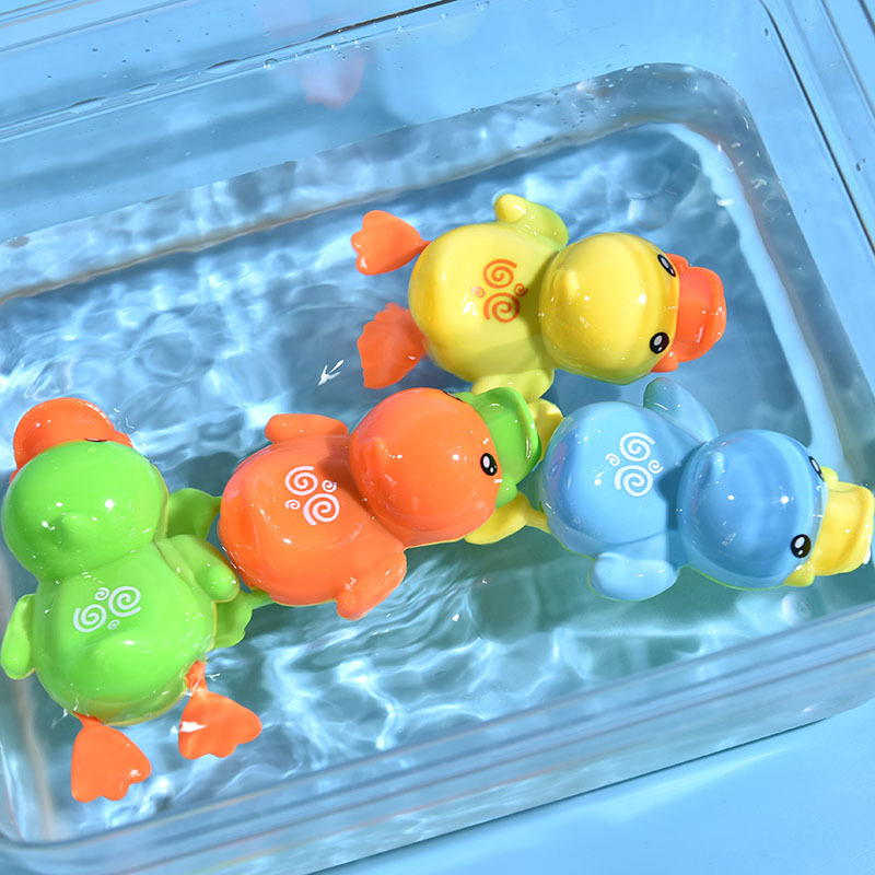 Baby Swimming Pool Shower Bath toys Cute Animal Duck Wind Up Chain Bathing Clockwork Bathroom Game Water Toys oyuncak 040L image