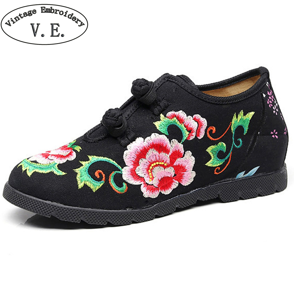 Chinese Women Flats Canvas Floral Embroidery Casual Wedding Red Cotton Cloth Platforms Shoes Woman Sapato Feminino wegogo canvas women casual shoes embroidery national casual flat shoe embroidered travel shoes flats sapato feminino bordado