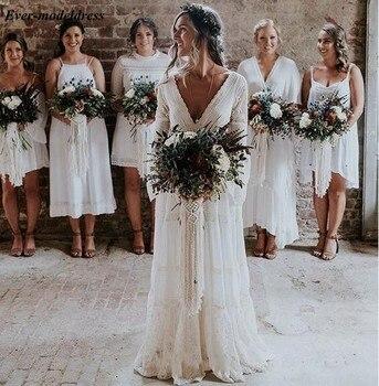 2019 Lace Bohemian Wedding Dresses Long Sleeves Pleats Backless A Line Sweep Train Beach Vestido de noiva Cheap Customized