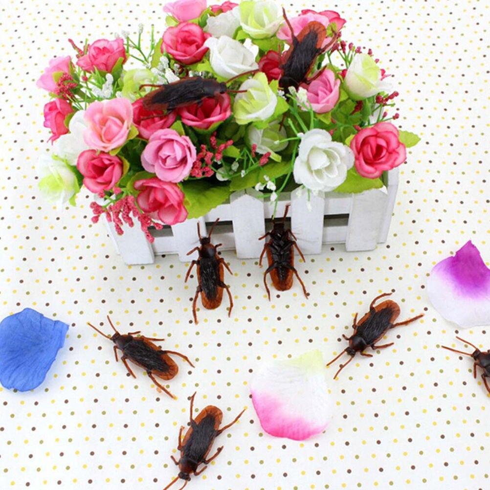 10 Stks/partij Prank Funny Trick Joke Speelgoed Speciale Levensechte Model Simulatie Nep Rubber Kakkerlak Decoratie Props Feestartikelen