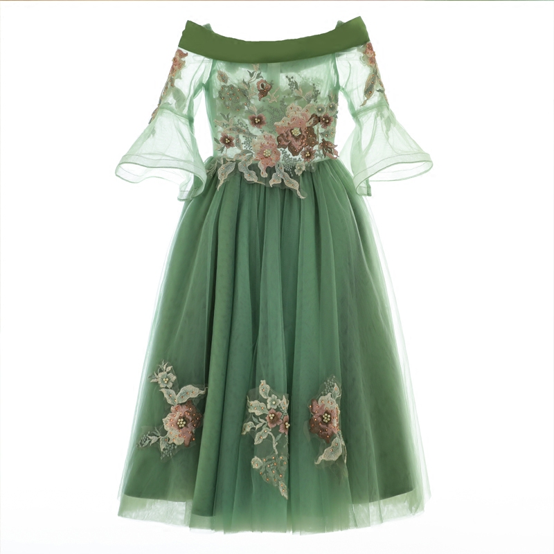 5a87560e04d5 2019New European Luxury Girls Party Princess Dress Kids Embroidered ...