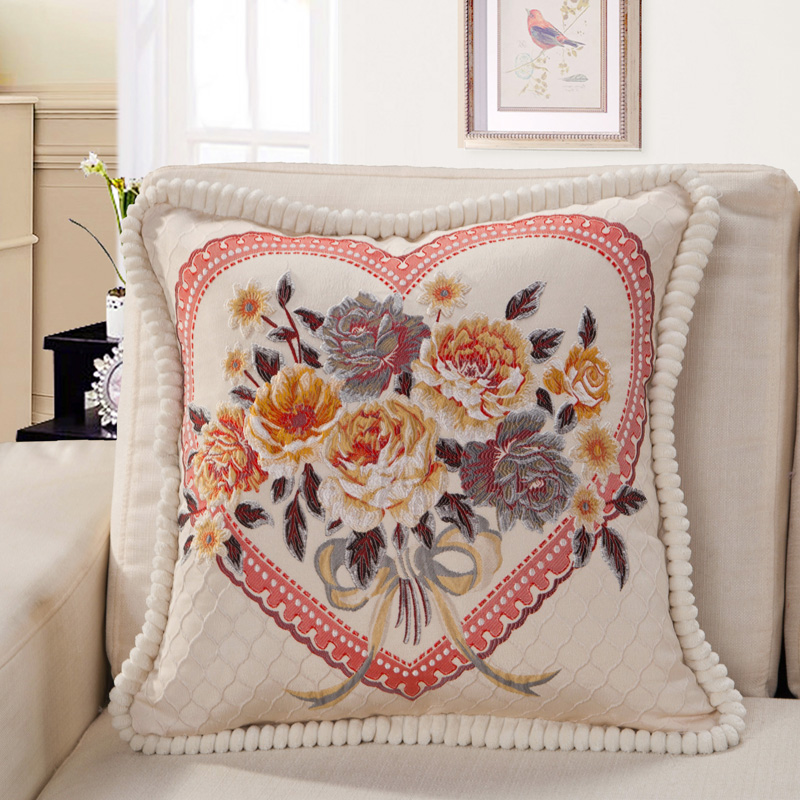 Hot Sale High Quality Luxury Europe Flower Velvet Soft Wholesale Decorative Throw Pillows Pillowcase Cushions Home Decor