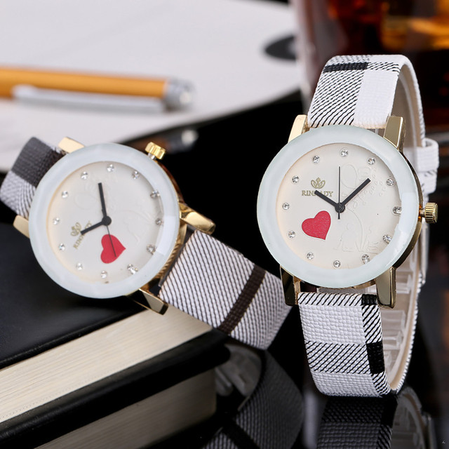 Fashion Striped Women's Quartz Glass Wristwatch