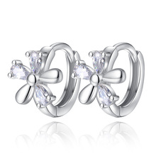 100% 925 sterling silver high quality shiny crystal flower ladies`stud earrings jewelry women birthday gift Anti allergy cheap