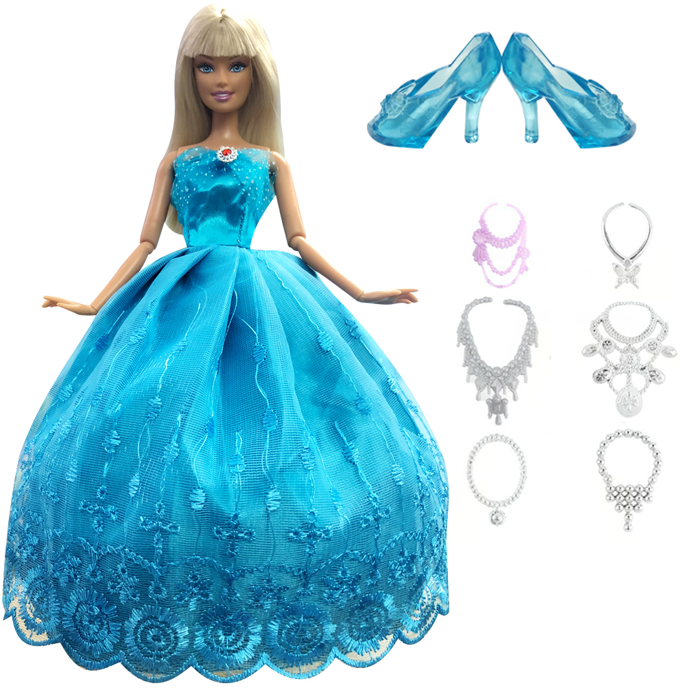 NK 8 Items=1 Doll Princess Wedding Dress+1 Crystal Shoes +6 Necklace Fairy Tale Outfit For Barbie Doll Girls Gift Baby Toys DZ