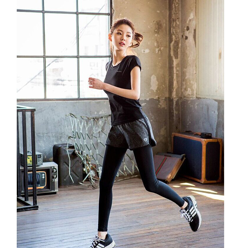 Full bodied short sleeve two piece sportswear for all kinds of fitness such as running mountaineering famous brand clothing in Women 39 s Sets from Women 39 s Clothing