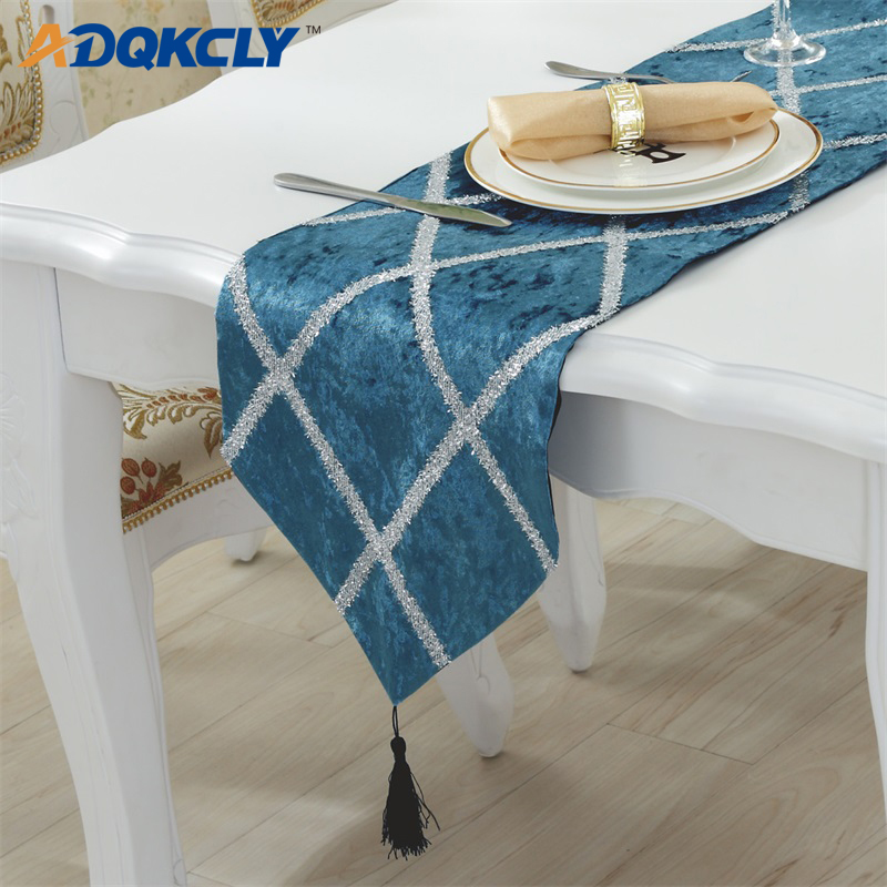 Dining Room Table Runner: ADQKCLY Simple Grid Modern Flannel Table Runner Decor Home