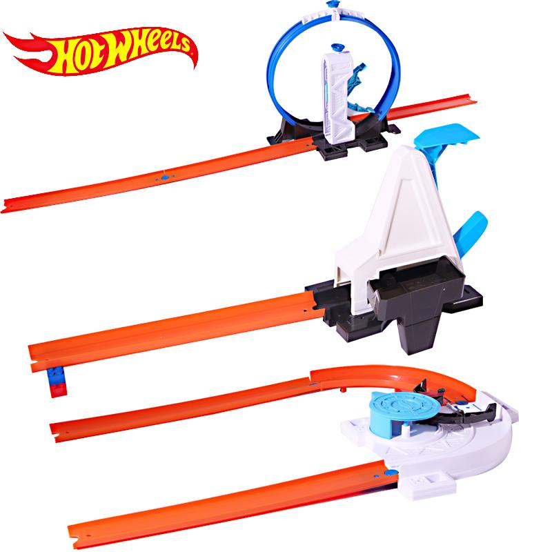 Hotwheels Carros 3 in 1 Track Asst Model Cars Train Kids Plastic Metal For Hotwheels Cars Machines For Kids Educational Car Toy