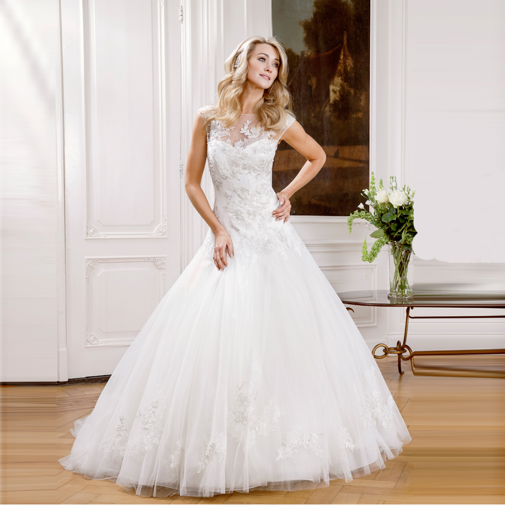 Glomorous Discount Opulent Scoop Neck Dropped Waist Tulle Lace Wedding Dressesball Gown Wedding Dresses From Weddings Discount Opulent Scoop Neck Dropped Waist Tulle Lace Wedding Long Train Made wedding Drop Waist Wedding Dress