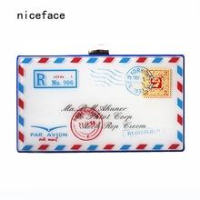 Nouvelle marque 2017 femmes messenger sac Rétro imprimé enveloppe conception acrylique sac à main femme Mignon personnalisé banquet de Soirée D'embrayage