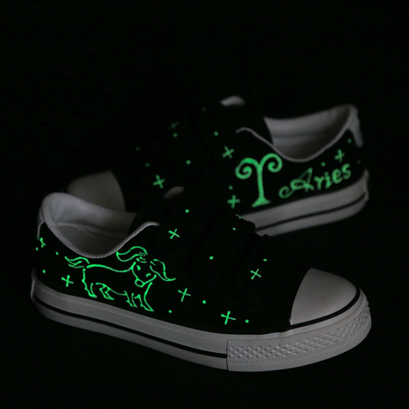 Fashion Hand Painting Aries Canvas Shoes Men Customized Zodiac Sign Constellation Low Top Casual Leisure Shoes Glow In Night e lov women casual walking shoes graffiti aries horoscope canvas shoe low top flat oxford shoes for couples lovers