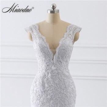 vestido de noiva sereia branco 2019 abiti da sposa Illusion Button Back Lace Applique Pearls Crystal V Neck Wedding Dresses New 5