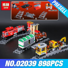 Lepin 02039 The Red Cargo Train Set DIY Christmas Gifts Genuine 898Pcs City Series 3677 Building Blocks Bricks Educational Toys