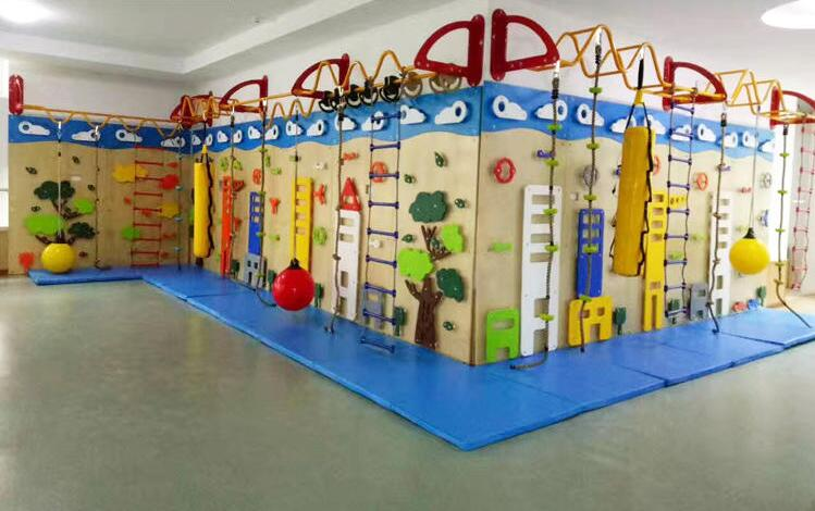 Customized Made Nursery Fun Playground Center Accessories Wooden Park Decoration Elements For Infants' School YLW-KD171019
