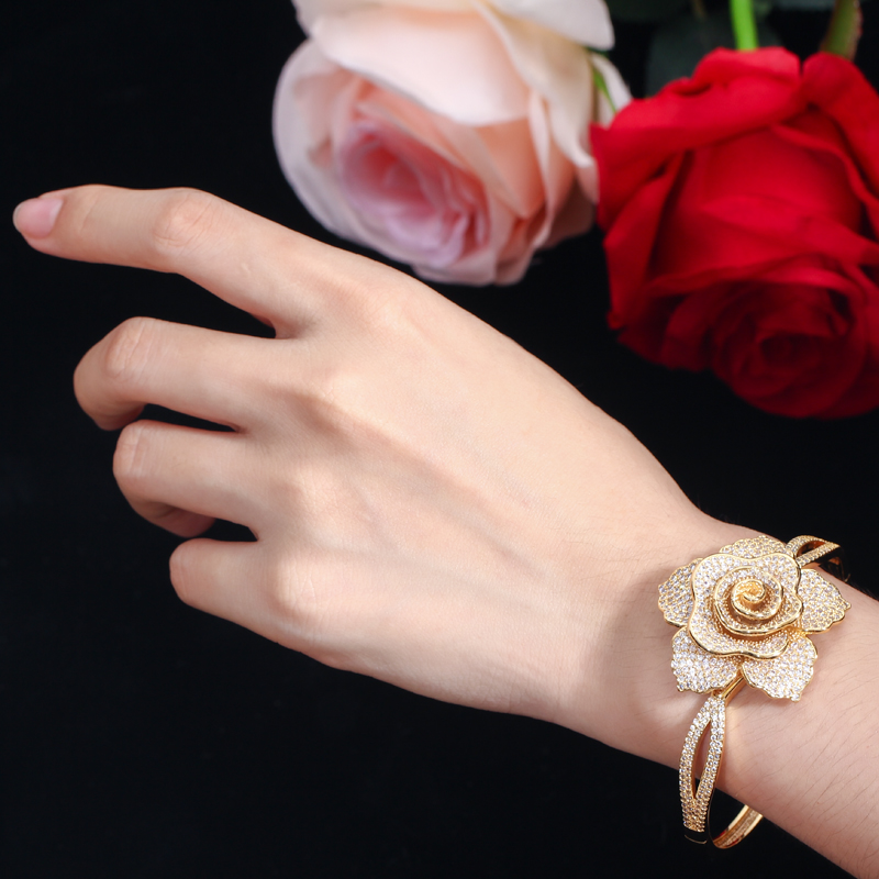 CWWZircons Open Cuff Style Cubic Zirconia Yellow Gold Color Big Geometric Flower Bangles Luxury Brand Jewelry for Women BG021 HTB1XEyhXvvsK1Rjy0Fiq6zwtXXaO