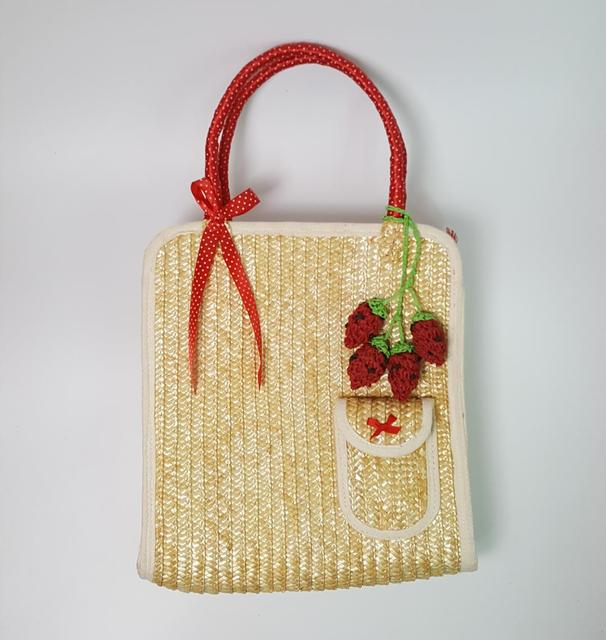 7c06e6273 28x33CM Vertical straw handbags Cherry strawberry straw bag wholesale  ladies' bag wheat straw bag A2363