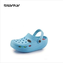 New women sandals hole slippers couple sandals mules and clogs garden shoes women breathable beach shoes